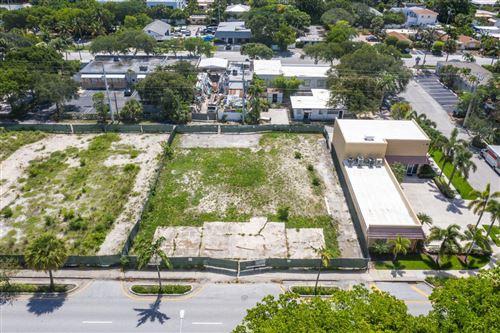 Photo of 307 NE 5th Avenue, Delray Beach, FL 33483 (MLS # RX-10687708)