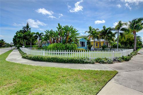 Photo of 531 N Swinton Avenue, Delray Beach, FL 33444 (MLS # RX-10657710)