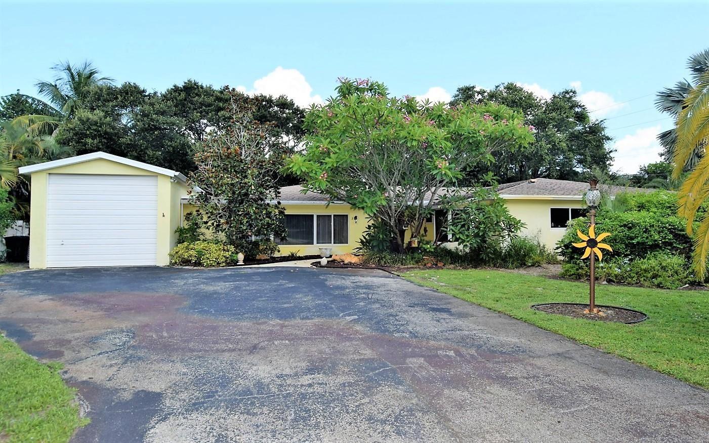 2 Palmetto Drive, Sewalls Point, FL 34996 - #: RX-10554710