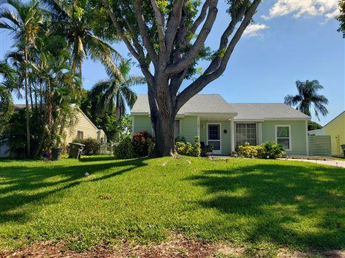 Photo of 9189 Carma Drive, Boynton Beach, FL 33472 (MLS # RX-10749713)