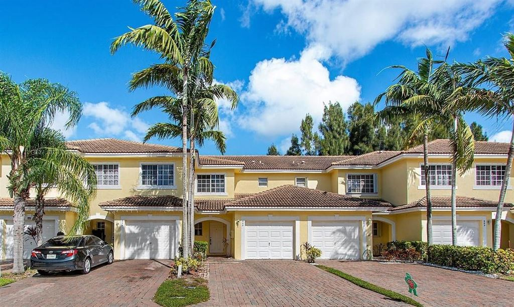 Photo for 945 Imperial Lake Road, West Palm Beach, FL 33413 (MLS # RX-10576714)