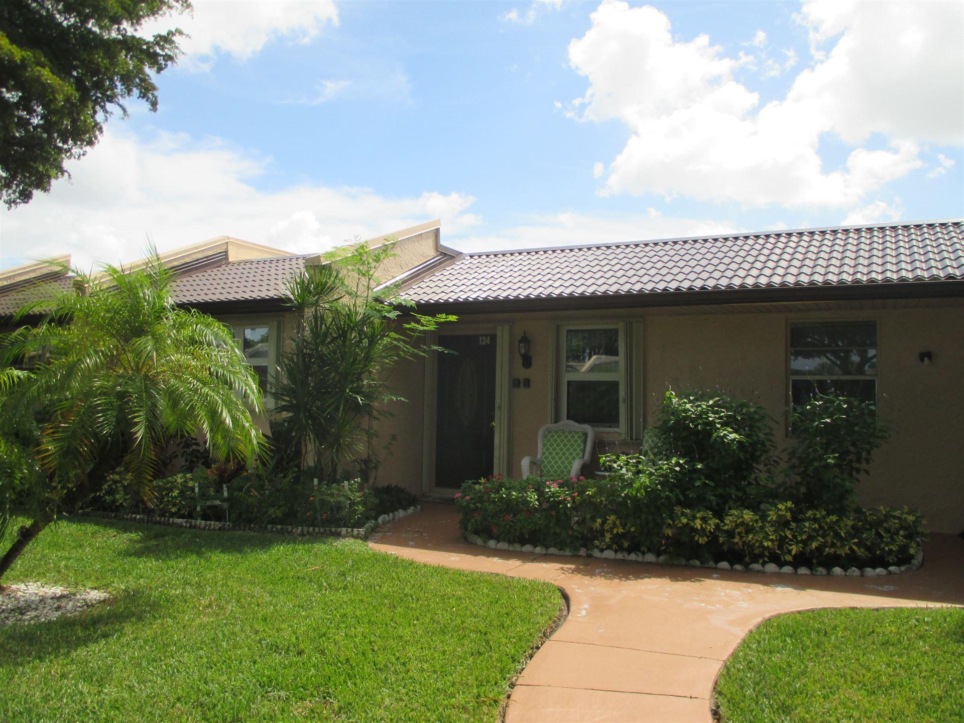 134 Lake Gloria Drive, West Palm Beach, FL 33411 - #: RX-10661714