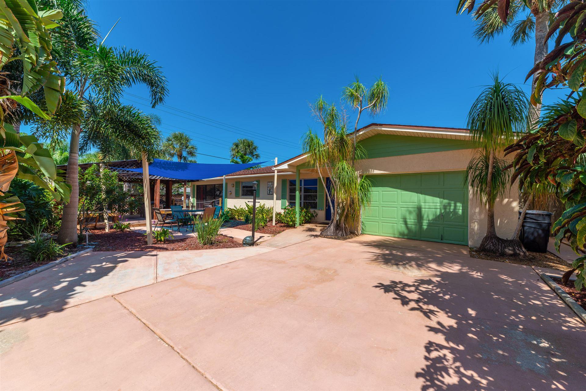 4565 NE Palmetto Drive, Jensen Beach, FL 34957 - #: RX-10652718