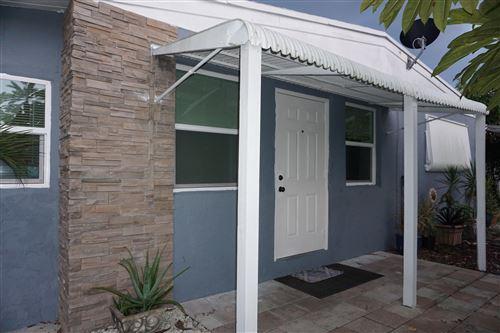 Photo of 428 Shawnee Lane, Lake Worth, FL 33462 (MLS # RX-10656719)