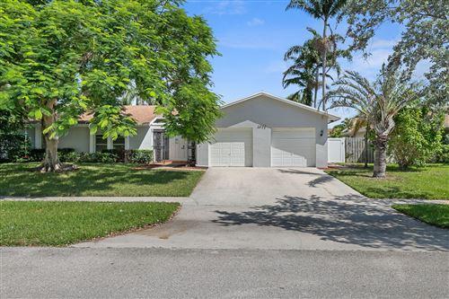 Photo of 4943 Acorn Drive, Boca Raton, FL 33487 (MLS # RX-10742724)
