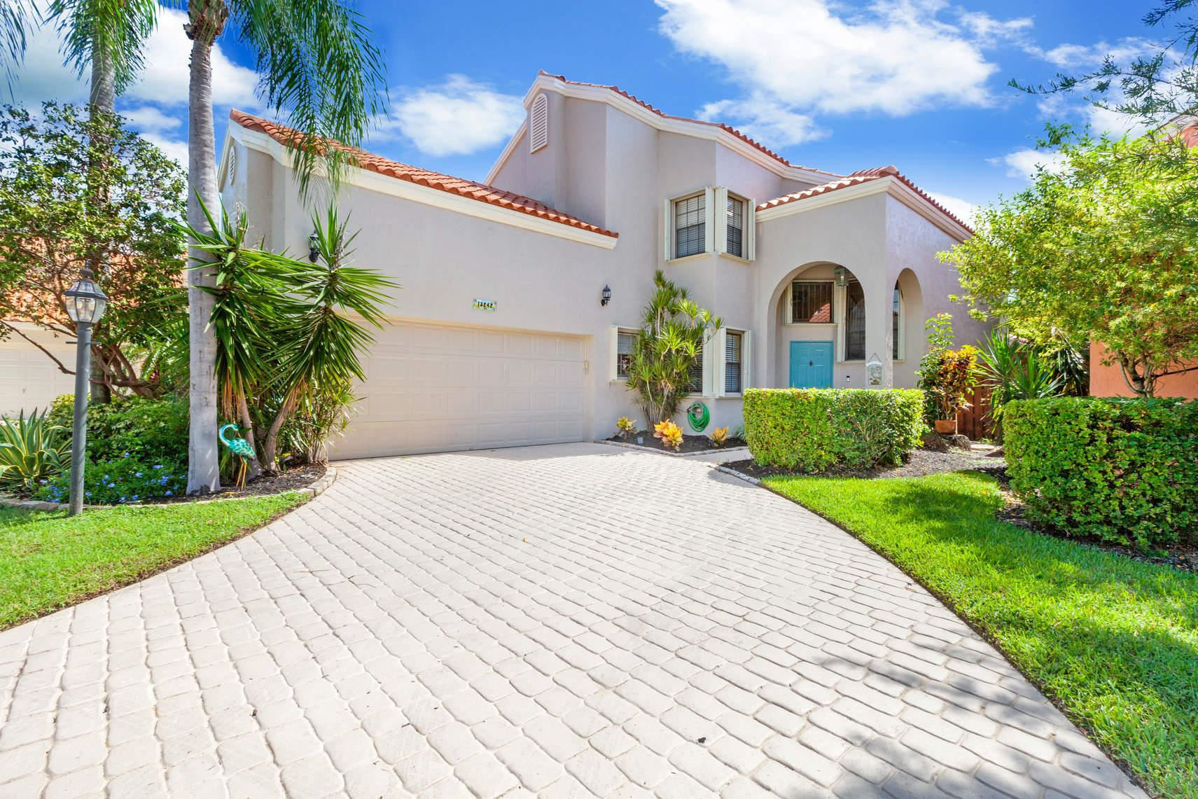 Photo of 13242 St Tropez Circle, Palm Beach Gardens, FL 33410 (MLS # RX-10653725)