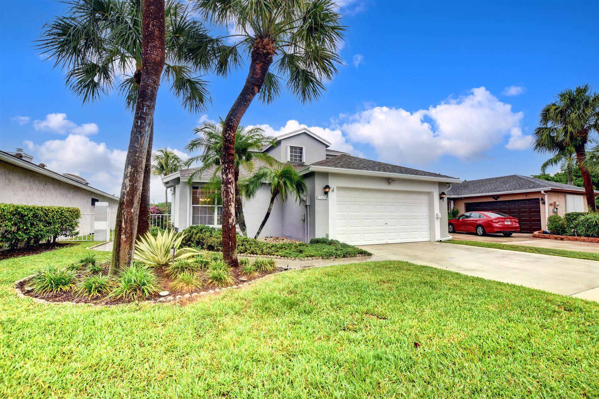Photo of 6152 Lansdowne Circle, Boynton Beach, FL 33472 (MLS # RX-10725725)
