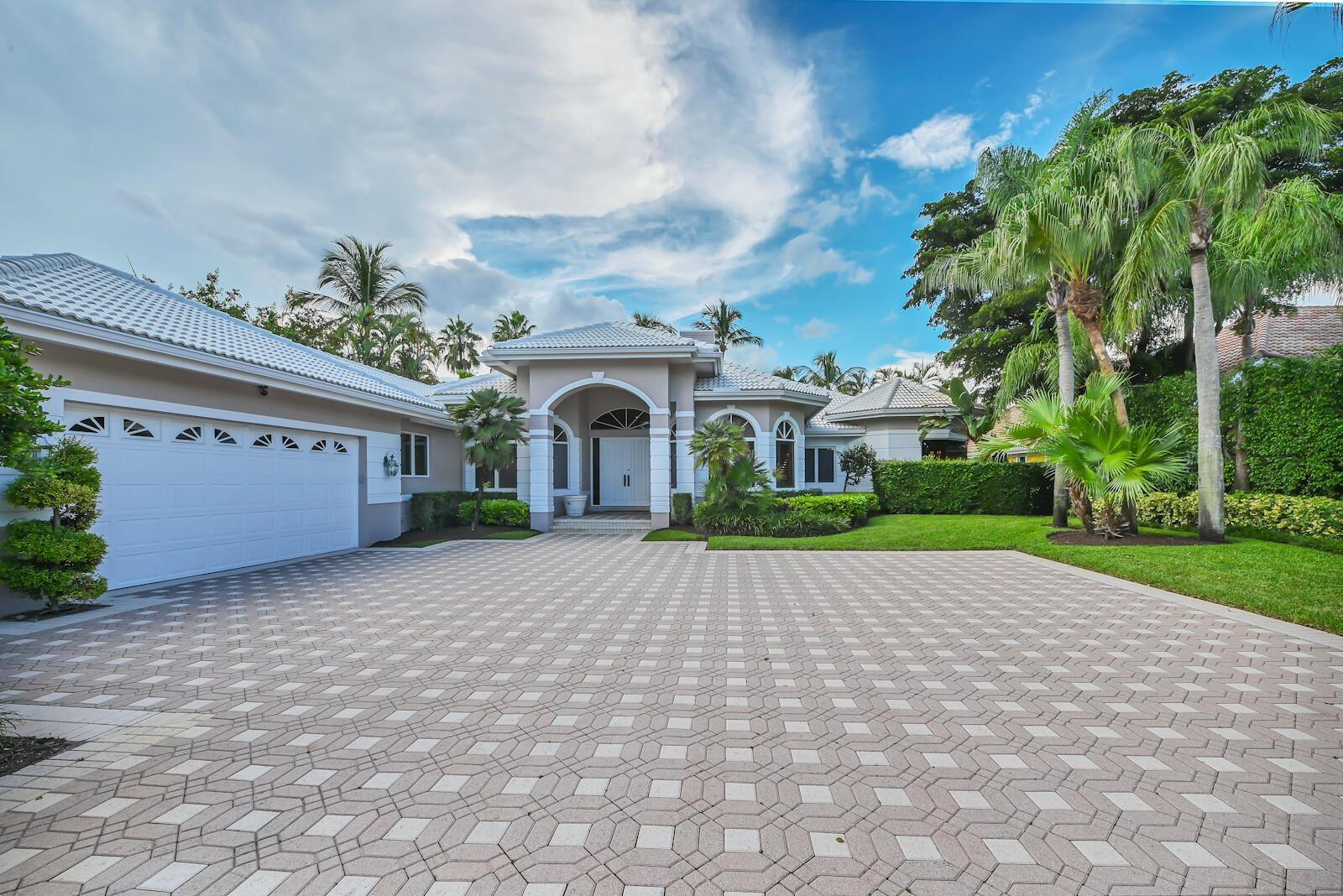 Photo of 26 St George Place, Palm Beach Gardens, FL 33418 (MLS # RX-10747725)