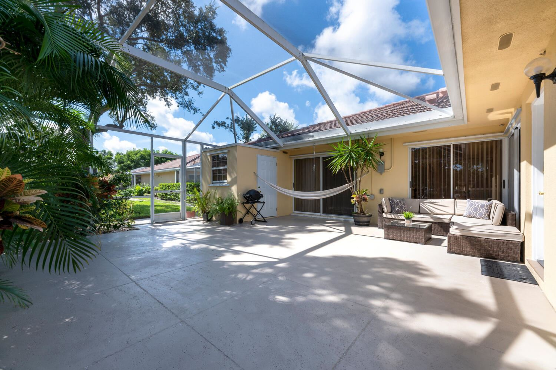Photo for 3576 Wildwood Forest Court #C, Palm Beach Gardens, FL 33403 (MLS # RX-10750725)