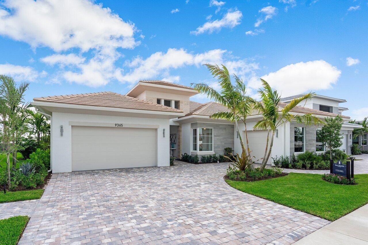 Photo of 9360 Coral Isles Circle, Palm Beach Gardens, FL 33412 (MLS # RX-10752730)
