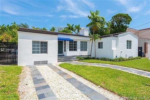 Photo of 5435 La Gorce Drive, Miami Beach, FL 33140 (MLS # RX-10708731)