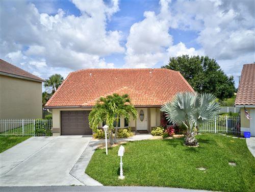 Photo of 11080 Lakeaire Circle, Boca Raton, FL 33498 (MLS # RX-10639737)