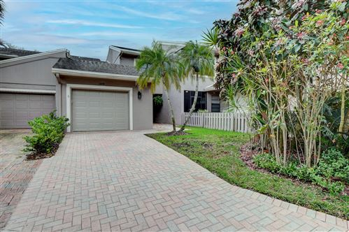 Photo of 6656 Thornhill Court, Boca Raton, FL 33433 (MLS # RX-10693737)