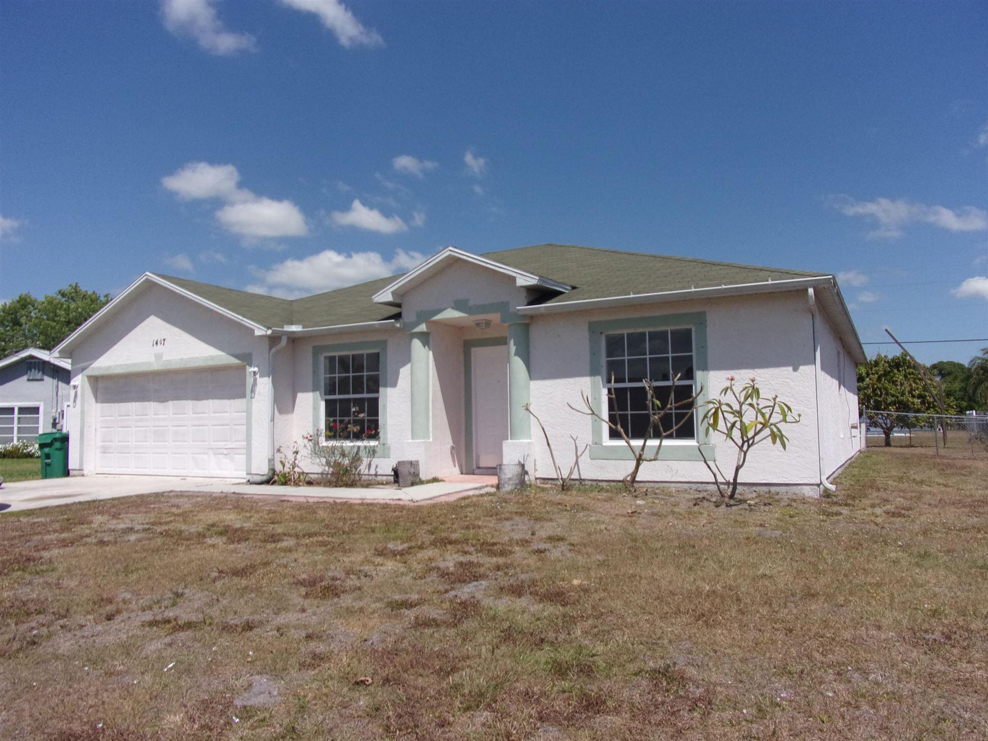 1407 SE Grapeland Avenue, Port Saint Lucie, FL 34952 - #: RX-10706738