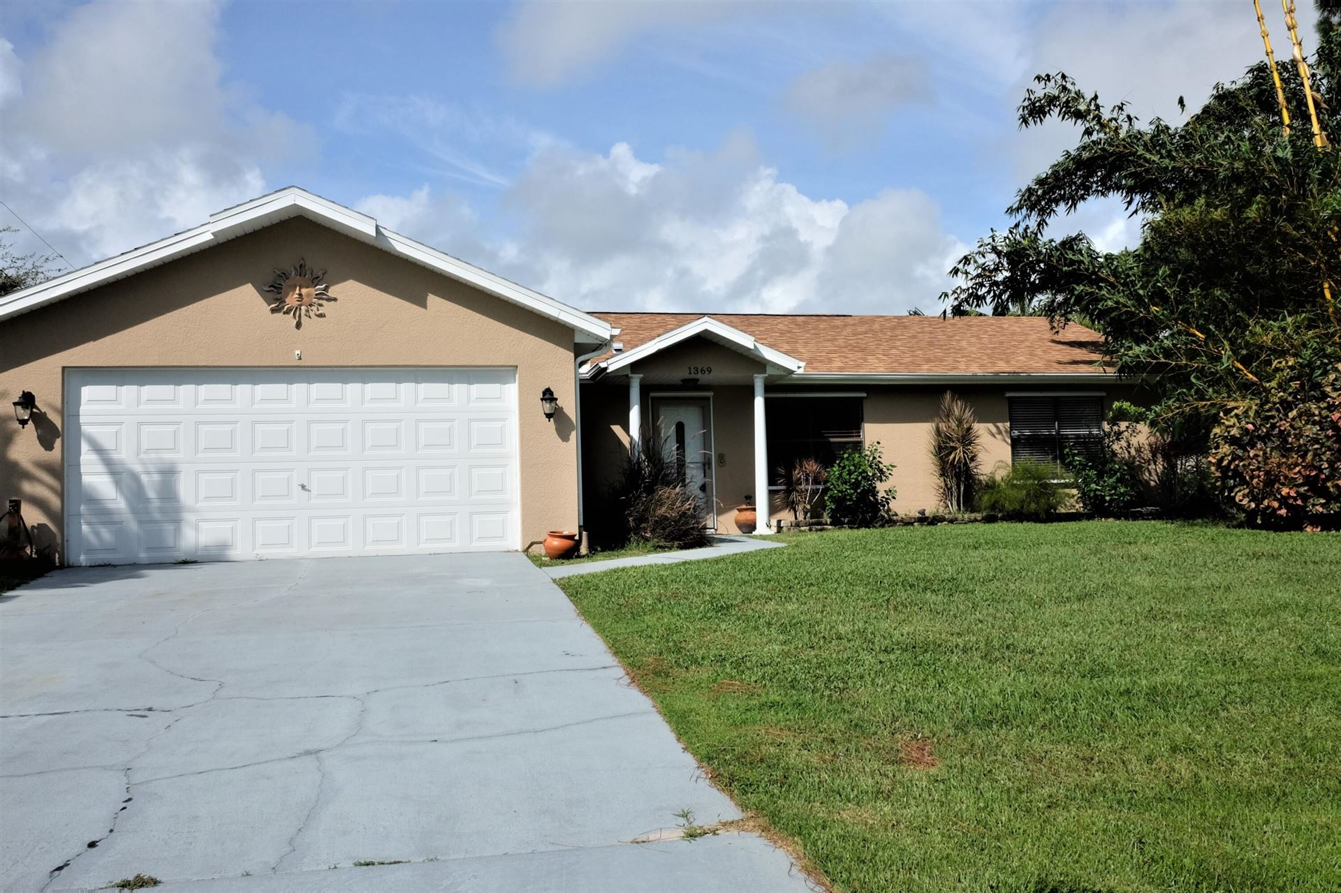 Photo of 1369 Dewitt Lane, Sebastian, FL 32958 (MLS # RX-10741738)