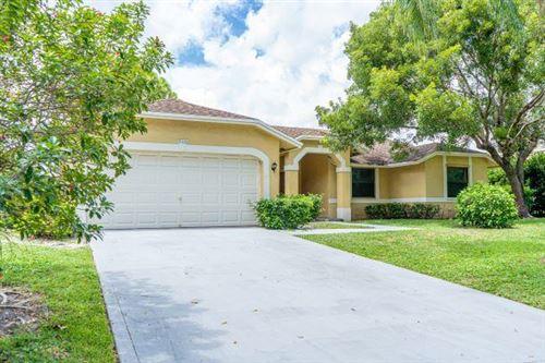 Photo of 940 Sunflower Avenue, Delray Beach, FL 33445 (MLS # RX-10734739)