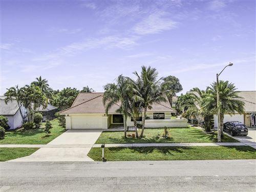 Photo of 9592 Majestic Way, Boynton Beach, FL 33437 (MLS # RX-10612740)