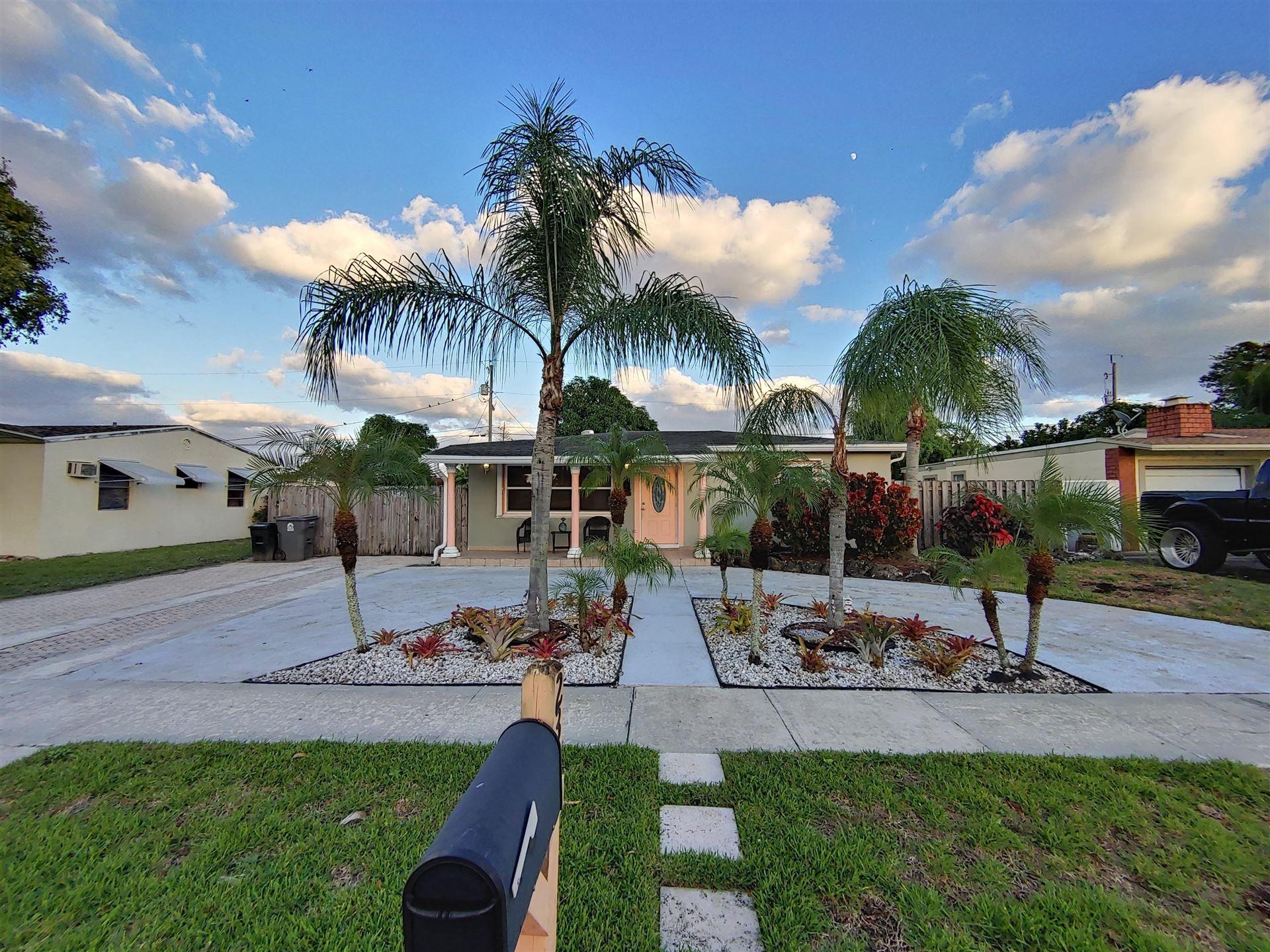 2332 Lark Lane, West Palm Beach, FL 33409 - #: RX-10674741