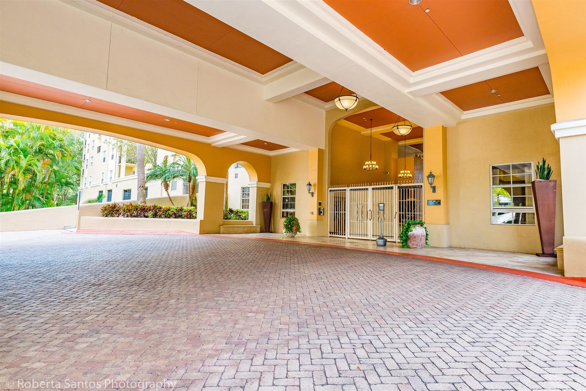 Photo of 520 SE 5th Avenue #2401, Fort Lauderdale, FL 33301 (MLS # RX-10741742)