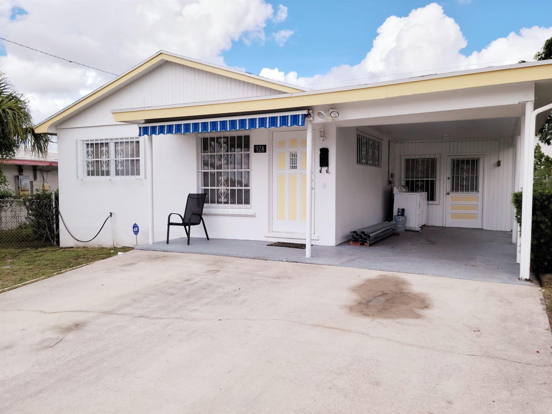 928 W 6th Street, Riviera Beach, FL 33404 - #: RX-10750743