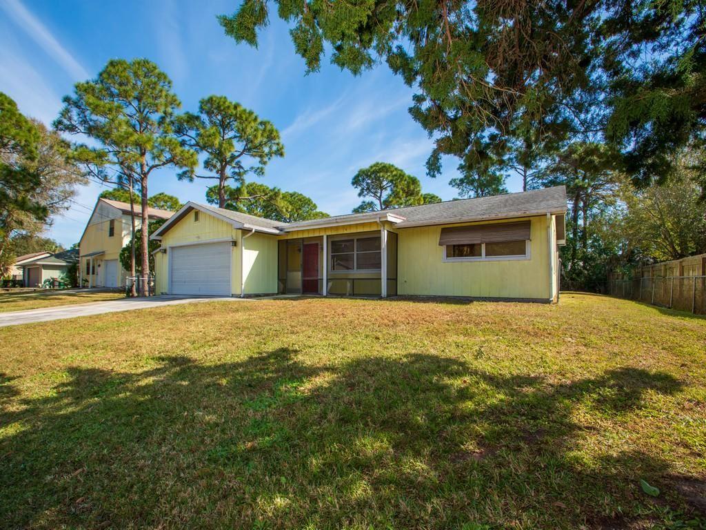6014 Birch Drive, Fort Pierce, FL 34982 - #: RX-10688745