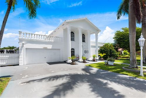 Photo of 1581 SW 16th Street, Boca Raton, FL 33486 (MLS # RX-10644746)