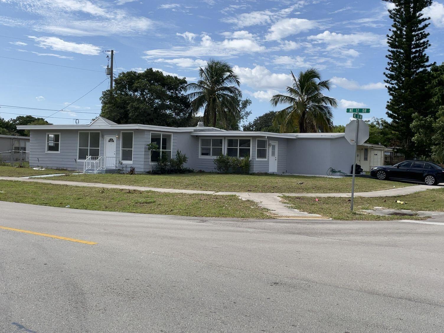 Photo of 4896 NE 16th Avenue, Pompano Beach, FL 33064 (MLS # RX-10753746)