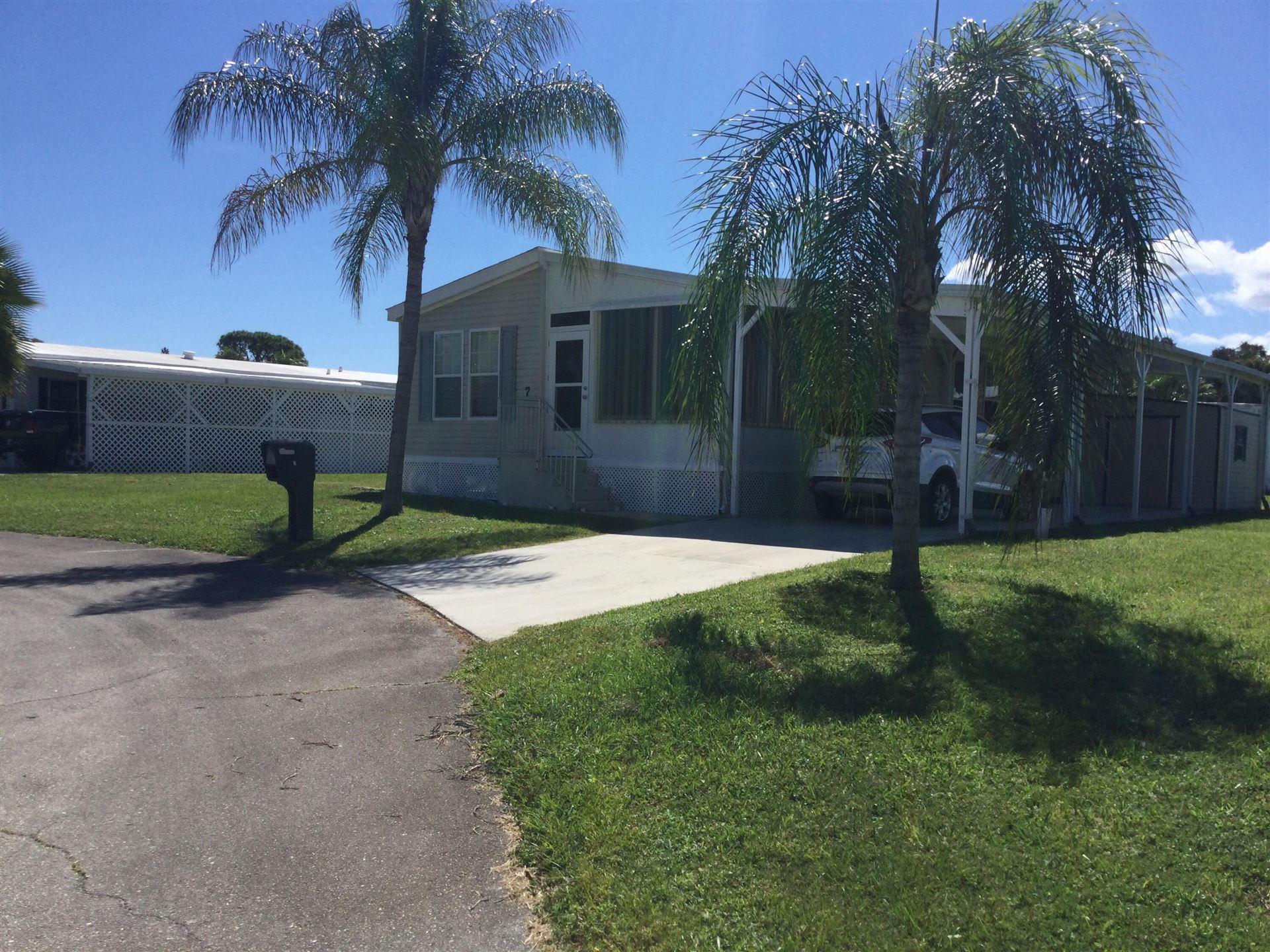 7 SE Guava Lane, Port Saint Lucie, FL 34952 - MLS#: RX-10749748