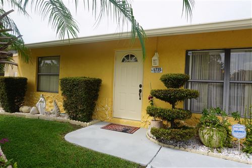 Foto de inmueble con direccion 5735 Eddy Court Lake Worth FL 33463 con MLS RX-10660749