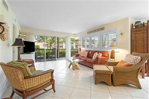 Photo of 561 Brackenwood Place, Palm Beach Gardens, FL 33418 (MLS # RX-10554751)