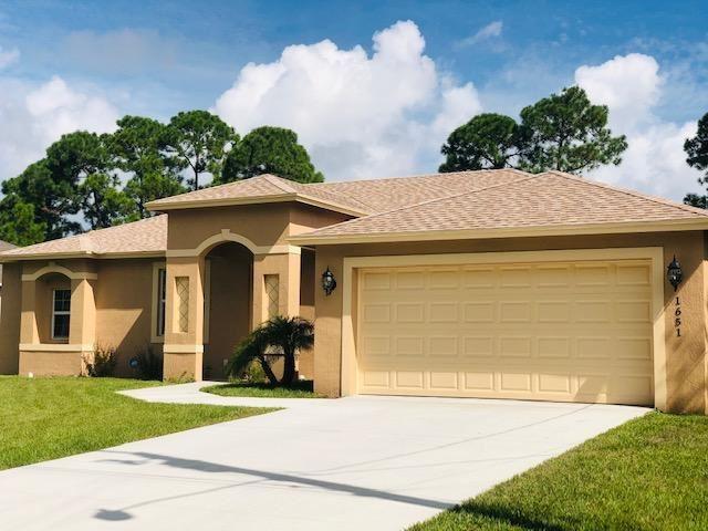 1651 SW Penrose Avenue, Port Saint Lucie, FL 34953 - #: RX-10654751