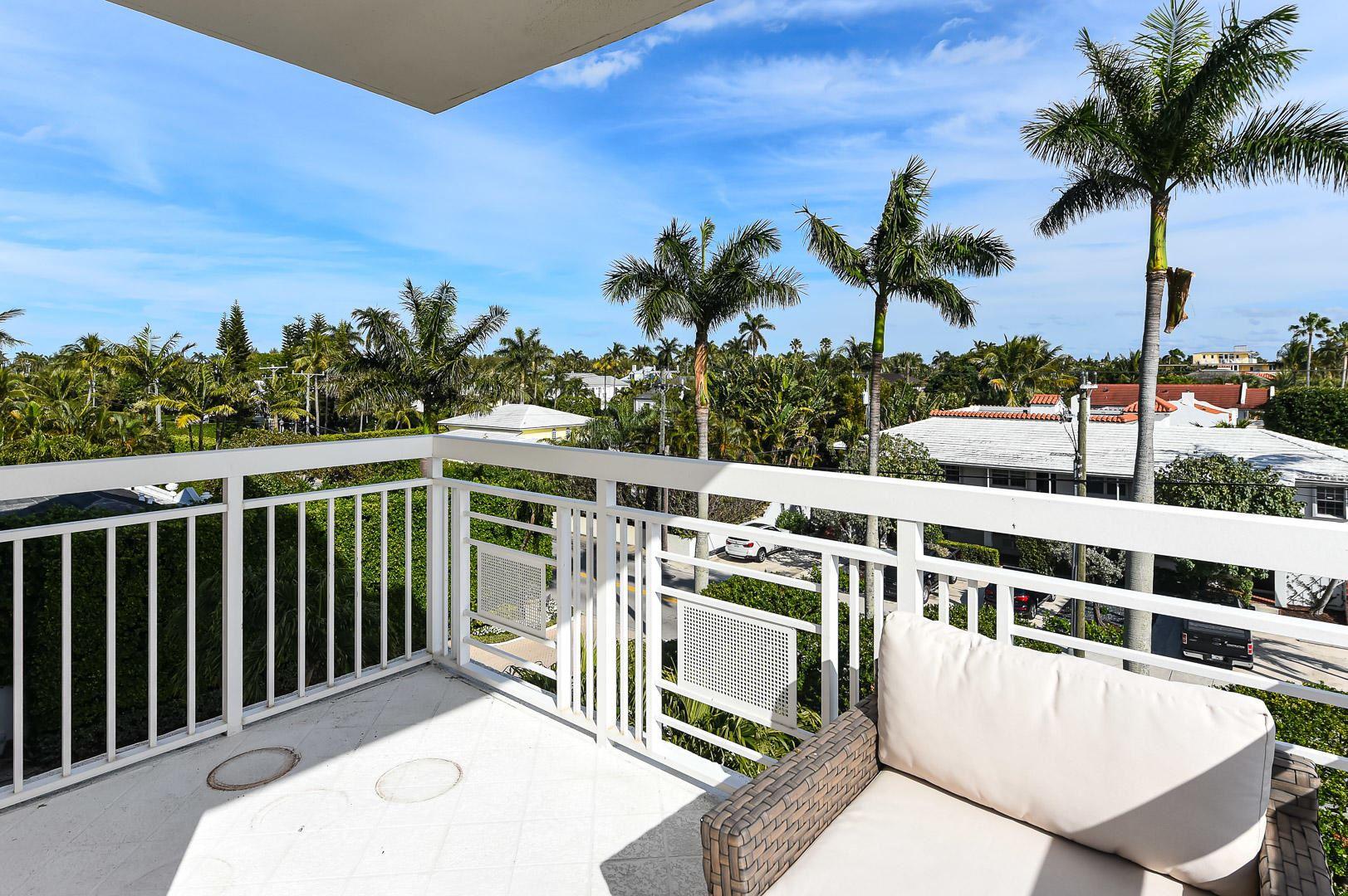 Photo of 250 Bradley 402 Place #402, Palm Beach, FL 33480 (MLS # RX-10685752)