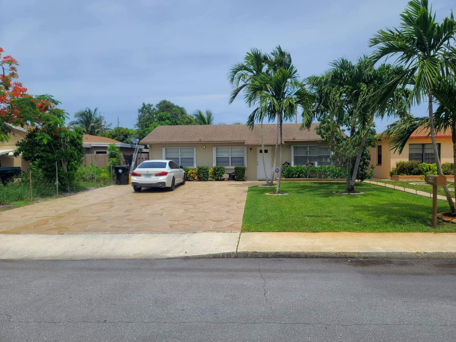 644 Barber Avenue, Lake Worth, FL 33461 - #: RX-10725753