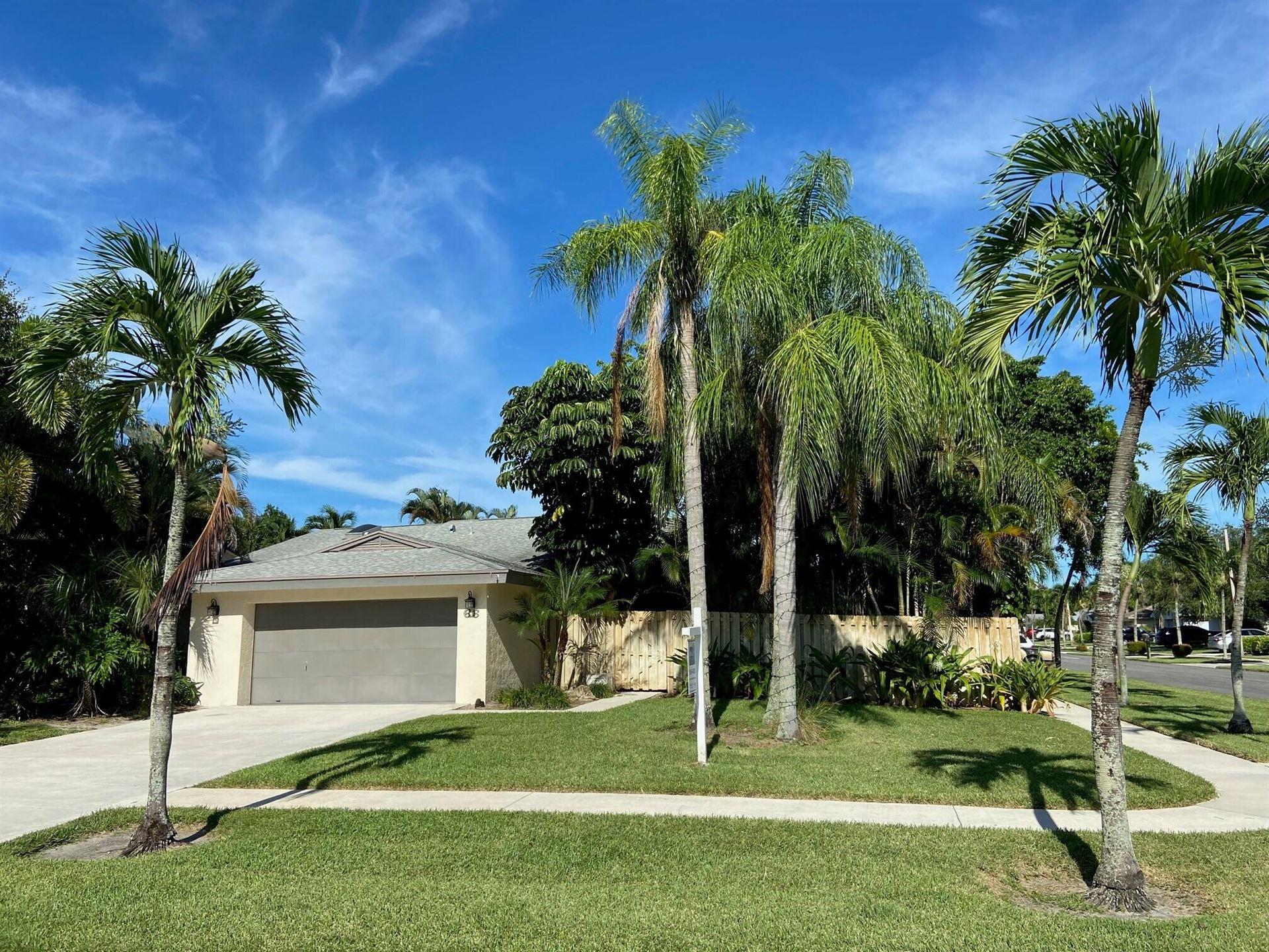 Photo of 66 Baytree Circle, Boynton Beach, FL 33436 (MLS # RX-10733753)
