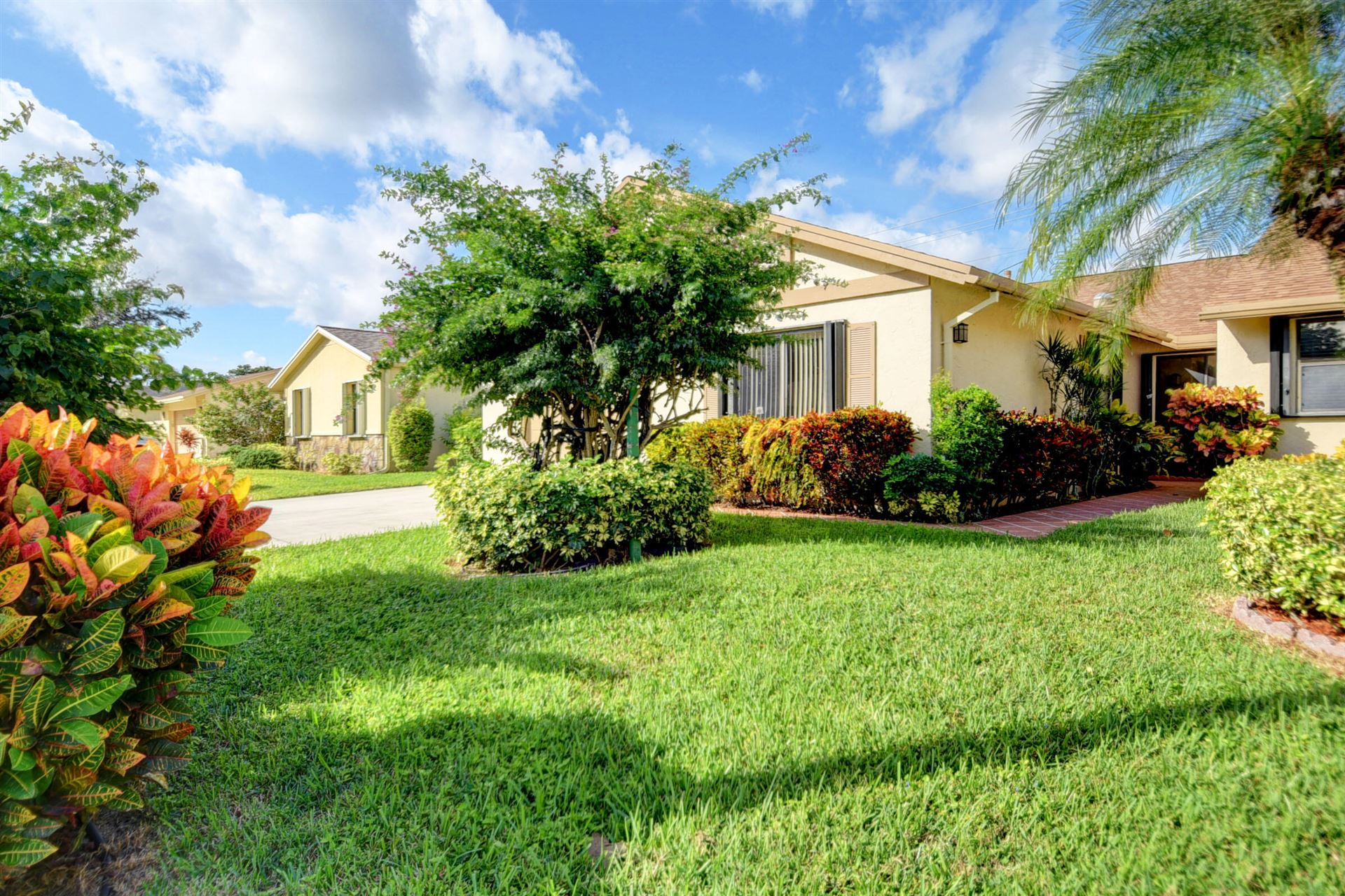 Photo of 870 NW 32nd Avenue, Delray Beach, FL 33445 (MLS # RX-10753754)
