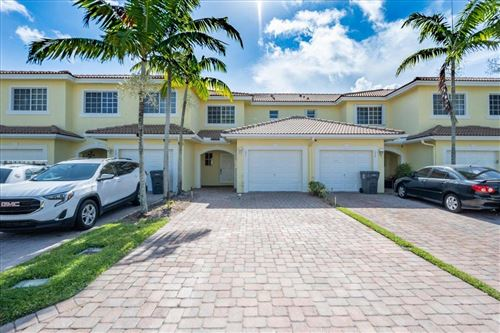 Photo of 1071 Imperial Lake Road, West Palm Beach, FL 33413 (MLS # RX-10732756)