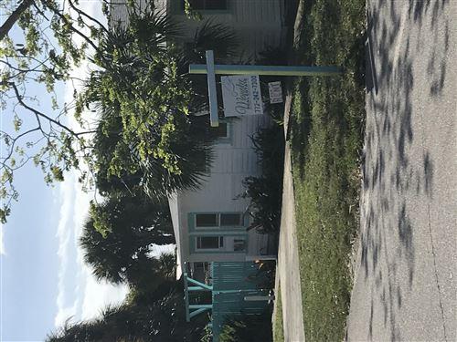 Photo of 4649 SE May Avenue, Stuart, FL 34997 (MLS # RX-10711757)