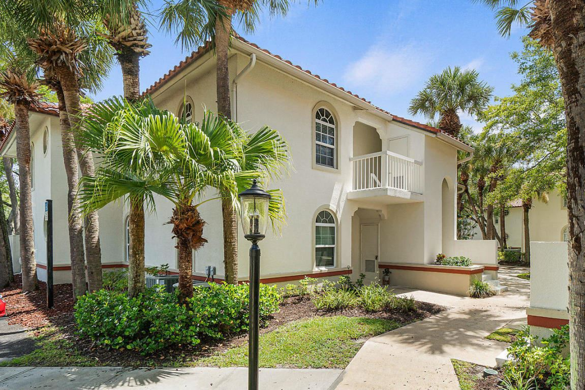 Photo of 203 Cypress Point Drive, Palm Beach Gardens, FL 33418 (MLS # RX-10665758)