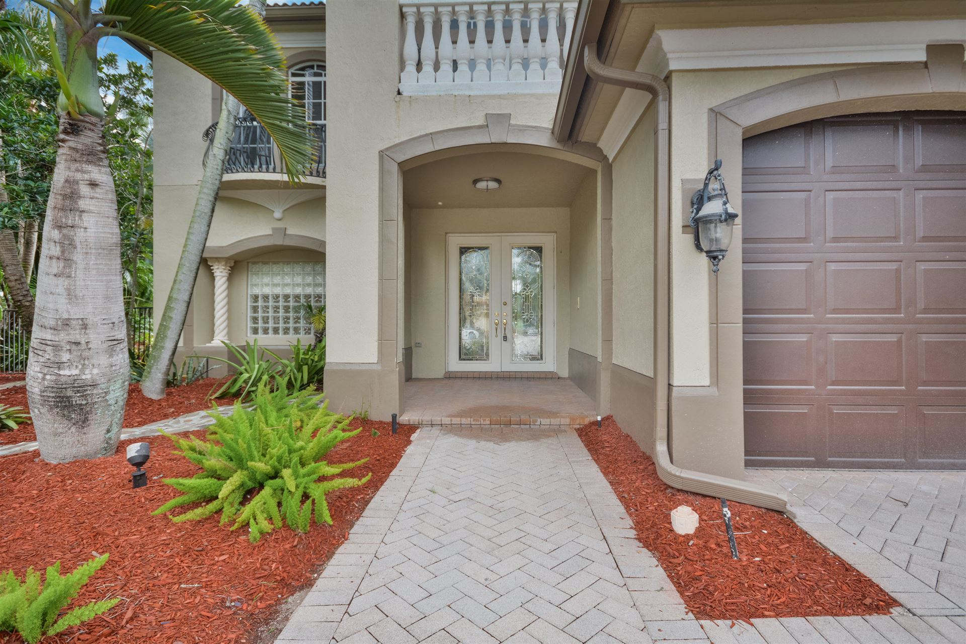 Photo of 16336 Mira Vista Lane, Delray Beach, FL 33446 (MLS # RX-10709758)
