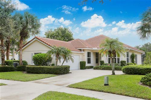 Photo of 518 E Tall Oaks Drive, Palm Beach Gardens, FL 33410 (MLS # RX-10566765)