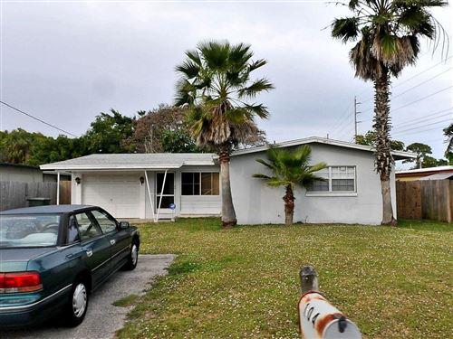 Photo of 104 Maple Avenue, Fort Pierce, FL 34982 (MLS # RX-10664765)