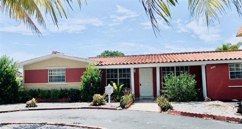 Photo of 1424 NE 56th Street, Fort Lauderdale, FL 33334 (MLS # RX-10643767)