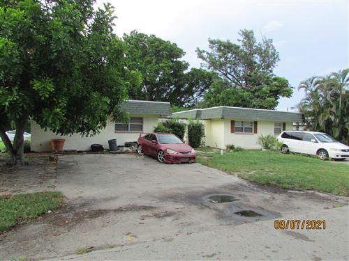 Photo of 3025 SE Bonita Street, Stuart, FL 34997 (MLS # RX-10750769)