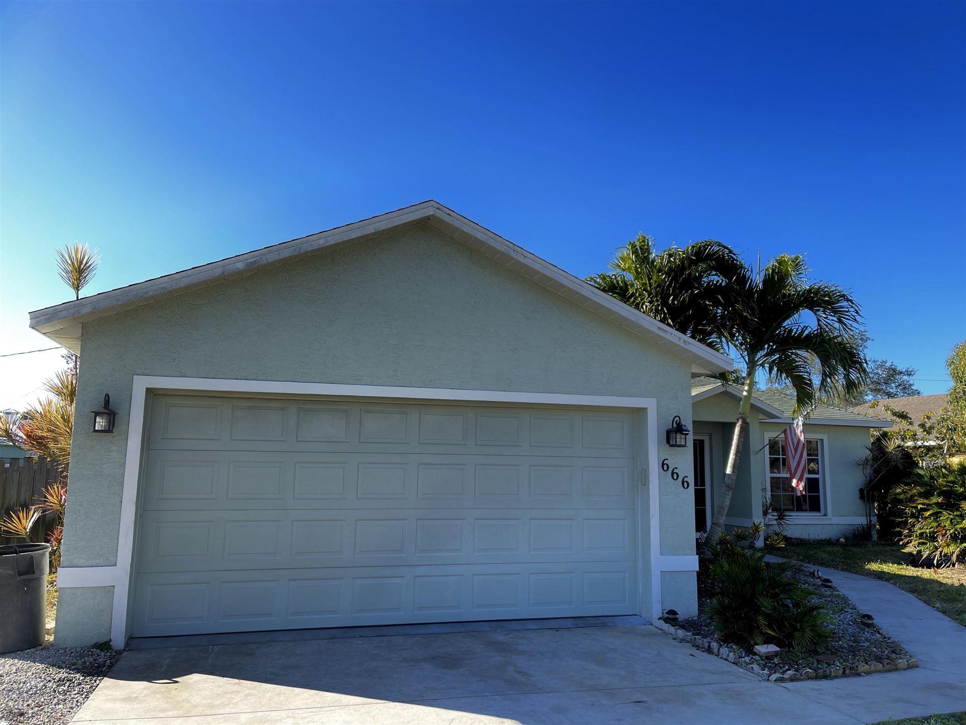 666 SE Tanner Avenue, Port Saint Lucie, FL 34984 - #: RX-10686770