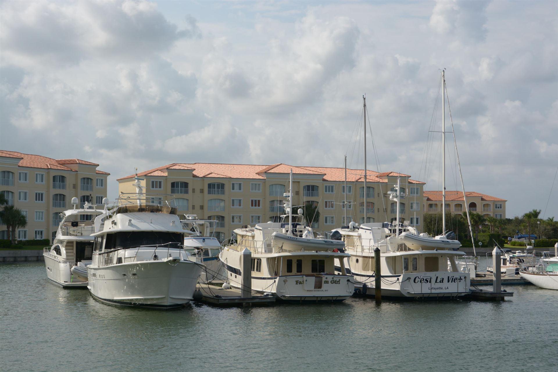 15 Harbour Isle Drive W #102, Fort Pierce, FL 34949 - #: RX-10562772