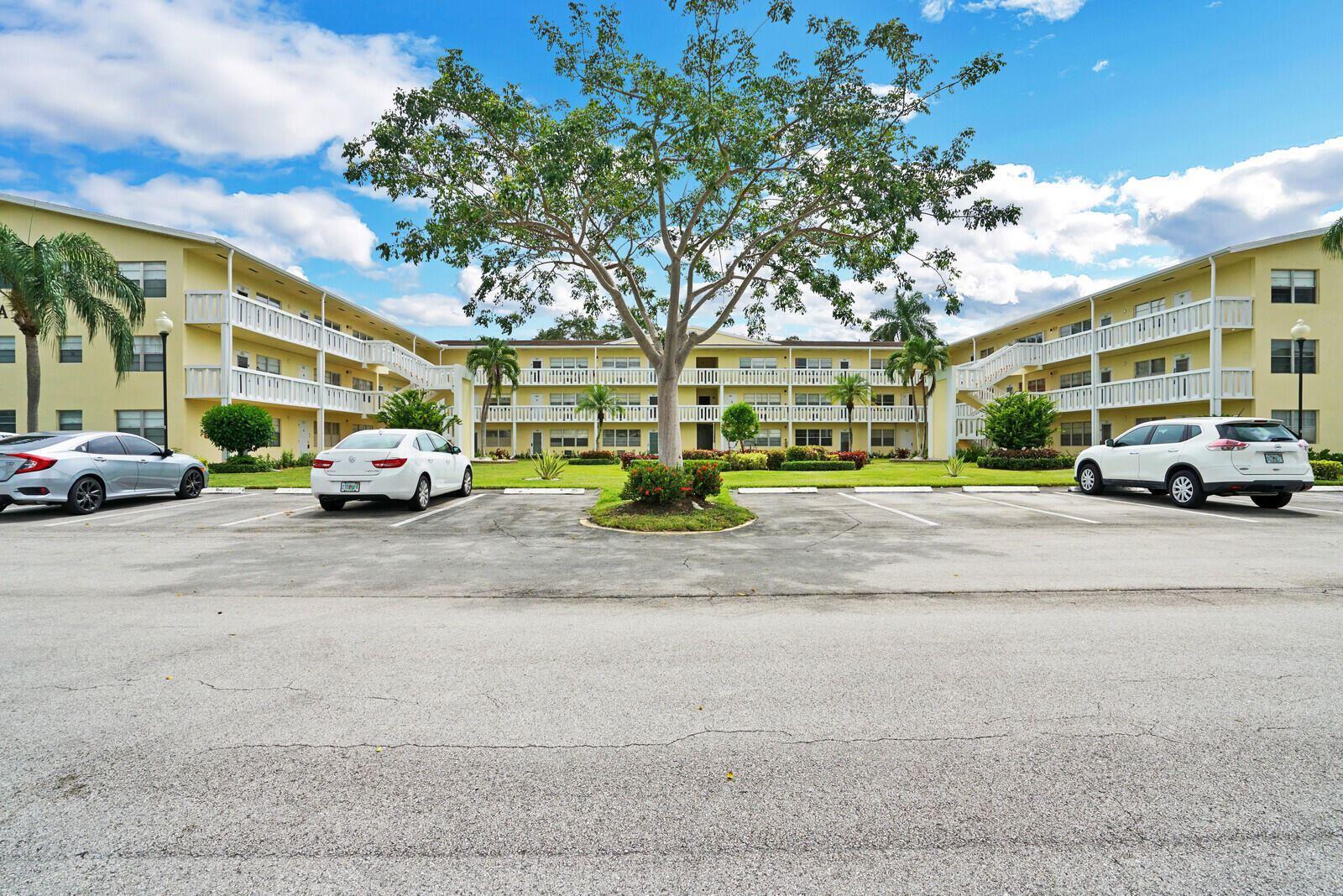24 Dorset A, Boca Raton, FL 33434 - MLS#: RX-10741779
