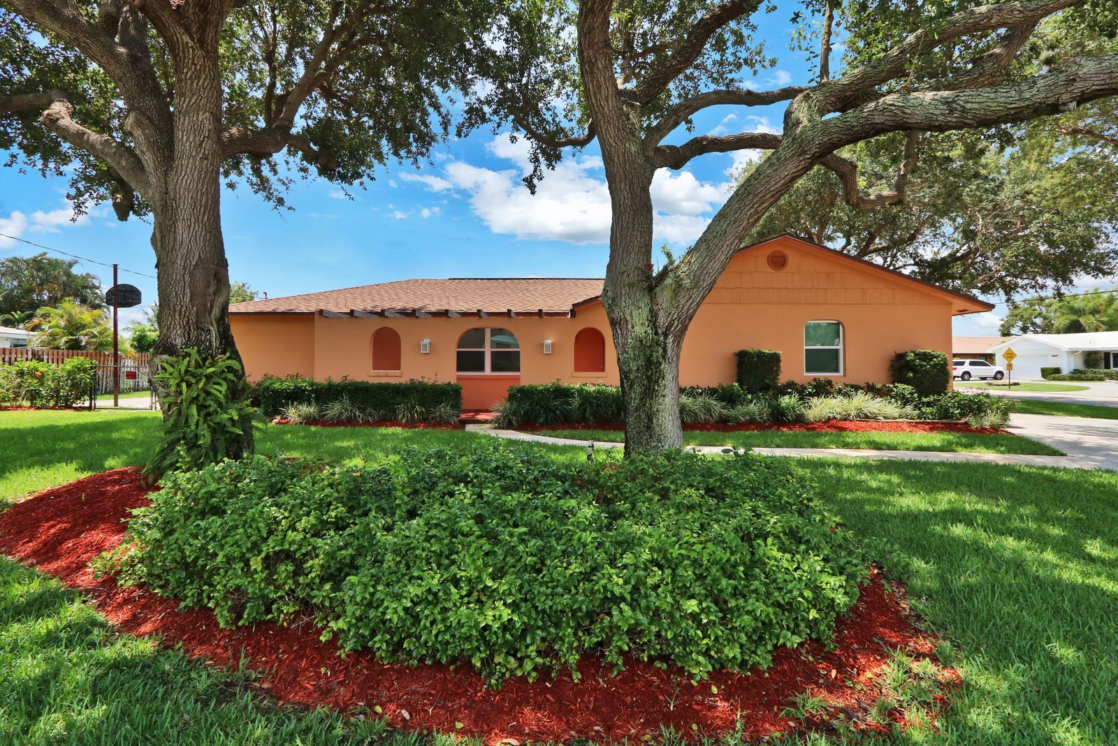 8230 Pine Tree Lane, Lake Clarke Shores, FL 33406 - #: RX-10670780