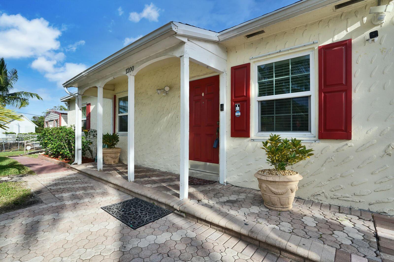 1200 S B Street, Lake Worth, FL 33460 - #: RX-10673781