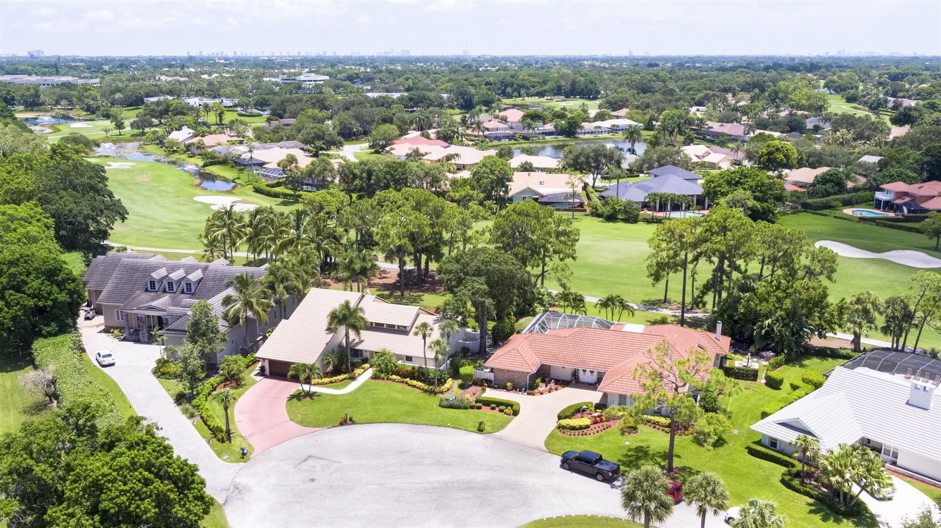 Photo of 11 Berwick Road, Palm Beach Gardens, FL 33418 (MLS # RX-10642783)