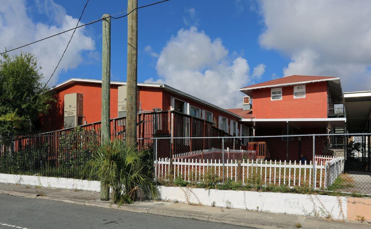 Photo of 800 14th Street, West Palm Beach, FL 33401 (MLS # RX-10658783)